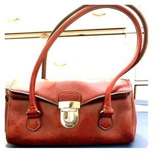 ab52222038c Women Tod's Vintage Bag on Poshmark